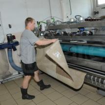 Przygotowanie dywanu do czyszczenia